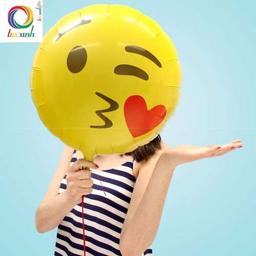 Bong bóng emoji kissing